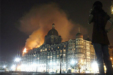 Mumbai attack Mumbai The Plot Unfolds Lashkar Strikes and Investigators Scramble photo