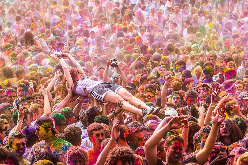 Holi Festival of Colors, Spanish Fork, UT (photograph Thomas Hawk)