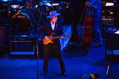 Bob Dylan on the never ending tour April 27, 2012 in San Nicolas, Buenos Aires, Argentina (photo by Adrian Lasso, Creative Commons)