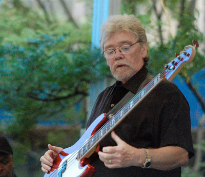 "Donald ""Duck"" Dunn (1941 to 2012), June 13, 2007 (photo by Ken Ficara - Creative Commons some rights reserved)"