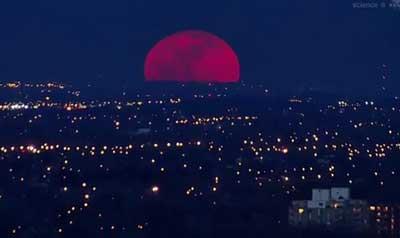 Perigee super moon rising (photo NASA public domain)