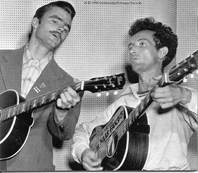 Cisco Houston and Woody Guthrie, 1944 with Gibson Southern Jumbo guitars (photo Smithsonian)