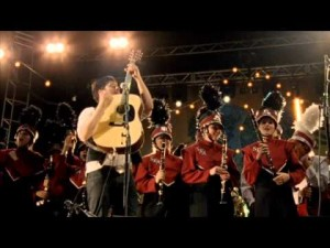 Mumford and Sons performing with the Austin High School Marching Band in Big Easy Express