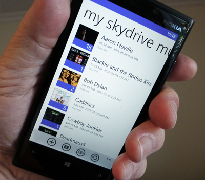 SkyDrive syncing music to your smartphone